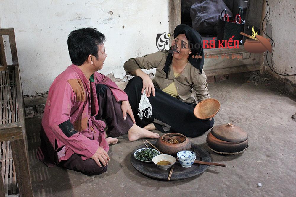 Nghệ sĩ Quang Tèo đóng vai chí Phèo rất mê món cá kho làng Vũ Đại - chính hiệu Bá Kiến